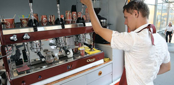 Бизнес-идея — кофейня на колесах